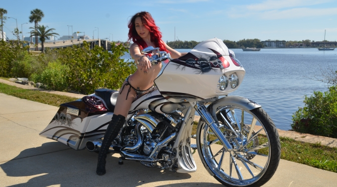 CHECK OUT ALANNA ON THIS WILD BAGGER